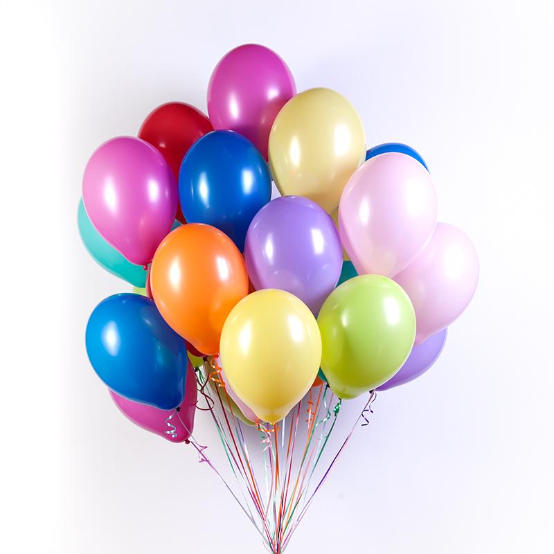 Привітання з днем народження колезі мужчині, хлопцю в прозі, українською мовою